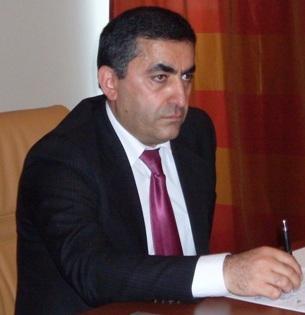 Արմեն Ռուստամյան
