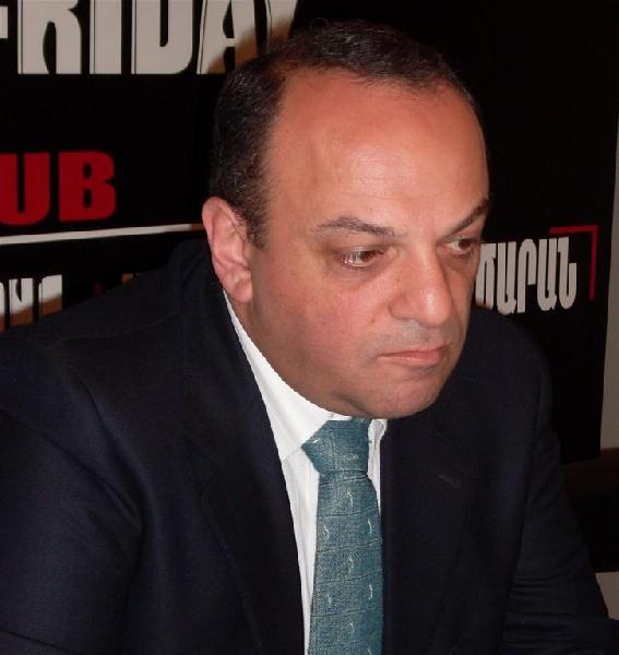 Արման Մելիքյան.