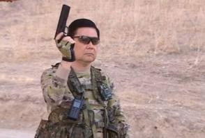 Թուրքմենստանի նախագահը հեծանվից կրակել է թիրախներին