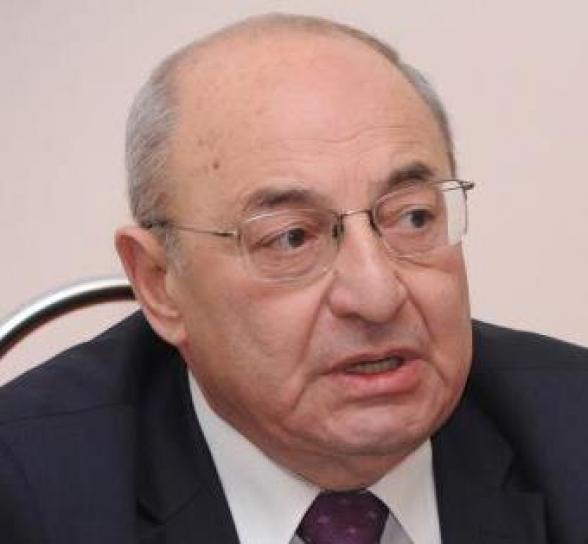 Վազգեն Մանուկյան.
