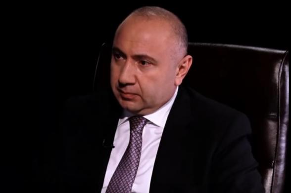 Андраник Теванян: «Мой подзащитный должен уйти по гуманитарному коридору, а не быть растоптанным толпой» (видео)