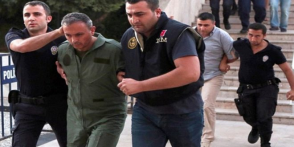В Турции выдали ордер на задержание 133 военных по подозрению в причастности к путчу