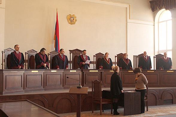 Ոչ թավշյա հարձակում դատական իշխանության վրա. մեր անելիքը