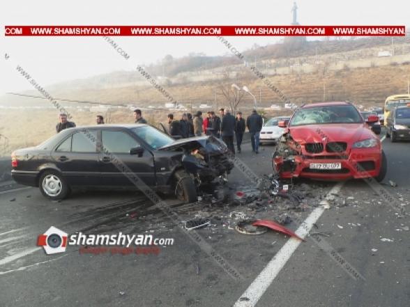 Սարալանջի հին ճանապարհին բախվել են BMW X6-ը և 2 Mercedes-ներ. կան վիրավորներ