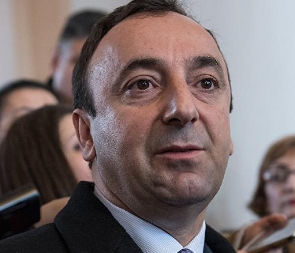Հրայր Թովմասյան.