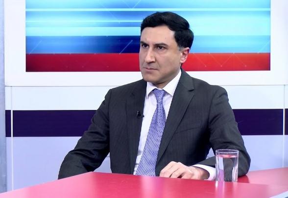 «Конституционные реформы в обход КС – классический пример государственного переворота»: советник председателя КС (видео)
