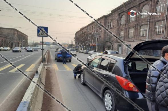 Երևանում Nissan-ը բախվել է հայտնի գործարարի տղային պատկանող MG-ին