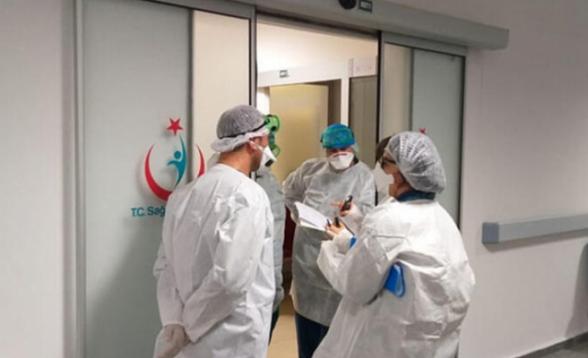 Ստամբուլում կորոնավիրուսով վարակված բուժաշխատողների թիվը հասել է 2000-ի