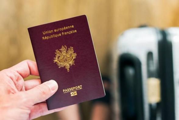 Ֆրանսիայում կարող է մտցվել սանիտարական անձնագրերի կիրառություն