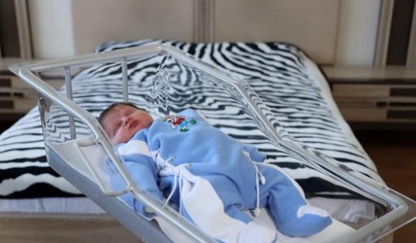 В Ереване родился малыш весом 5,6 кг