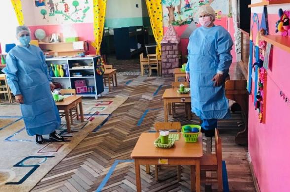 Աջափնյակի թիվ 40 մանկապարտեզի սաներից մեկի ընտանիքում կորոնավիրուս է հաստատվել, նա շփվել է խմբի 15 երեխայի հետ