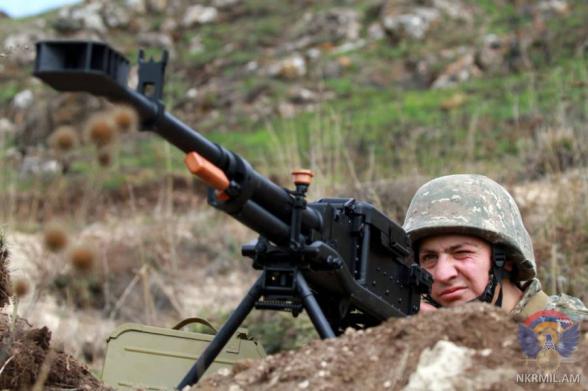 ВС Азербайджана за неделю нарушили режим прекращения огня около 100 раз