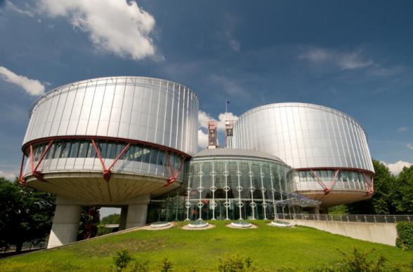 ՄԻԵԴ-ը մերժեց ՍԴ 3 նախկին դատավորների և Հրայր Թովմասյանի դիմումը Հայաստանի դեմ, որով պահանջվում էր որպես միջանկյալ միջոց կասեցնել Սահմանադրության փոփոխությունների իրագործումը