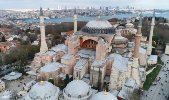 «Որոշումն ընդունված է․ Սուրբ Սոֆիայի տաճարը կվերածվի մզկիթի»․ թուրք լրագրող