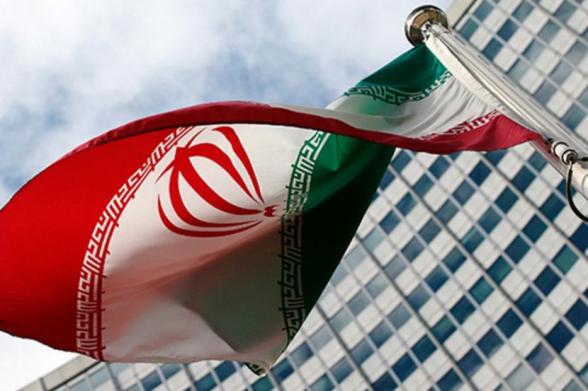СМИ сообщили об отключении электричества на западе Тегерана из-за взрыва