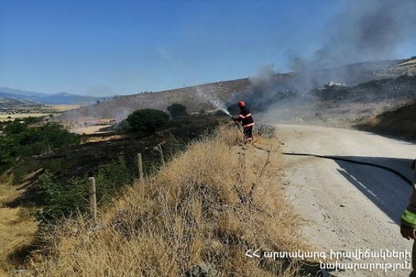 Մուսալեռ գյուղի գերեզմանատան մոտակայքում այրվել է մոտ 12 հա խոտածածկույթ