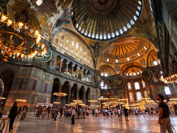 Евросоюз огорчило решение Турции сделать из собора Святой Софии мечеть