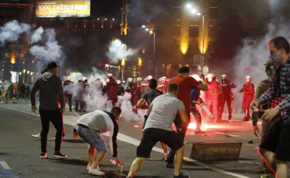 Նախագահի ընդդիմադիր թեկնածուներին չգրանցելուց հետո Բելառուսի մի շարք քաղաքներում բողոքի ցույցեր են սկսվել, բերման է ենթարկվել ավելի քան 230 մասնակից (տեսանյութ, լուսանկար)