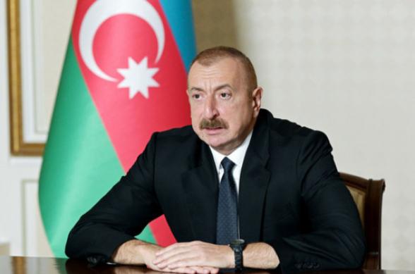 Ильхам Алиев подверг критике работу главы МИД Мамедъярова