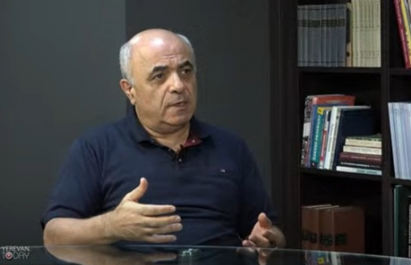 На данный момент Алиев не готов к началу широкомасштабной войны – политолог (видео)