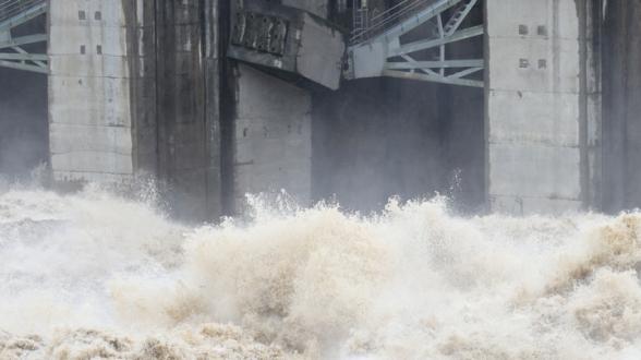 КНДР внезапно спустила воду в плотине на границе в Южной Кореей