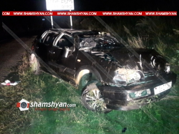Լոռու մարզում 25-ամյա վարորդը Volkswagen-ով շրջվել ու կողաշրջվել է. կան վիրավորներ