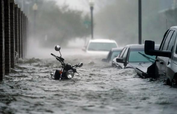 Полмиллиона американцев остались без электричества из-за шторма «Салли»