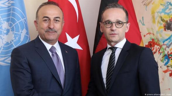 Главы МИД Турции и Германии обсудили ситуацию в Восточном Средиземноморье