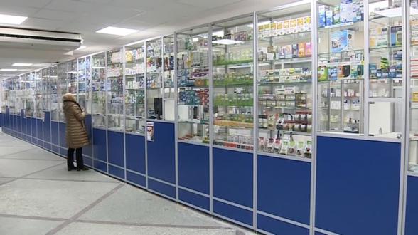В России лекарства от COVID-19 появятся в обычных аптеках