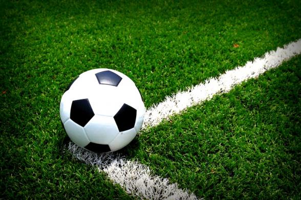 Футбольный матч в Германии завершился со счетом 37:0 из-за соблюдения социальной дистанции