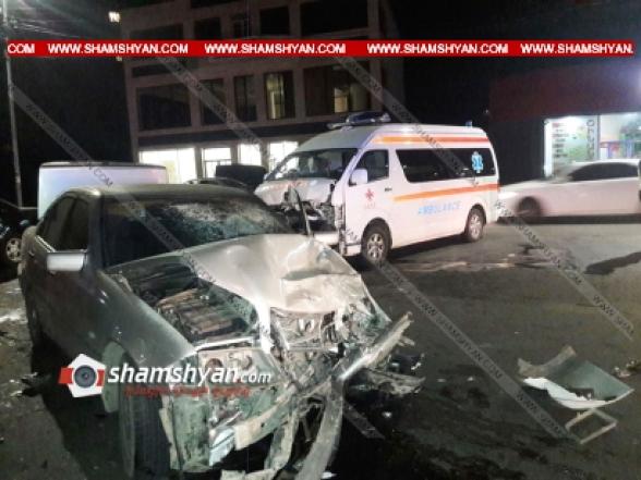 Հրազդանում բախվել են Mercedes-ն ու Հրազդանի հիվանդանոցի շտապօգնության ավտոմեքենան. կան վիրավորներ