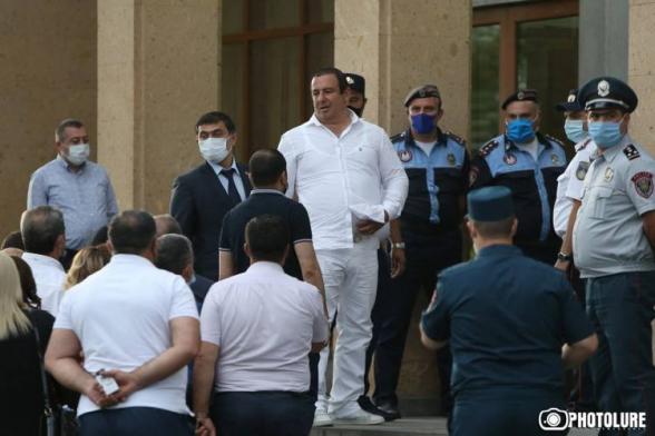 Заседание суда по вопросу меры пресечения в отношении Гагика Царукяна состоится через 2 дня (видео)