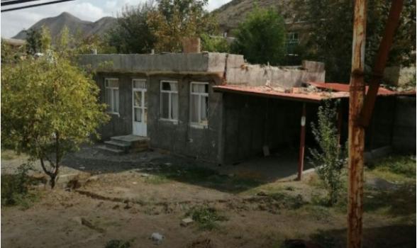 3 снаряда упали на территории Ирана: есть раненый (фото)