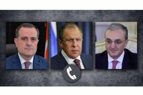 Сергей Лавров провел телефонные разговоры с главами МИД Армении и Азербайджана