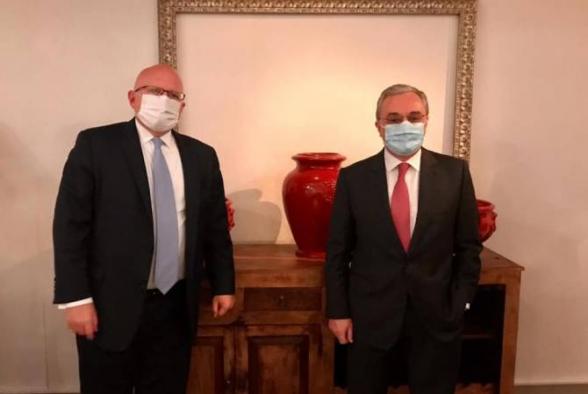 Մեկնարկել է ՀՀ արտգործնախարարի այցն ԱՄՆ. Մնացականյանը հանդիպել է պետքարտուղարի տեղակալի հետ