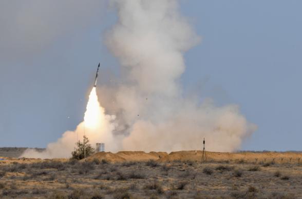 ВКС России успешно испытали новую противоракету системы ПРО