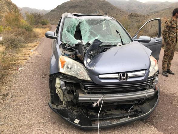 Ударный БПЛА упал на машину дьякона Давида, но не взорвался (фото)