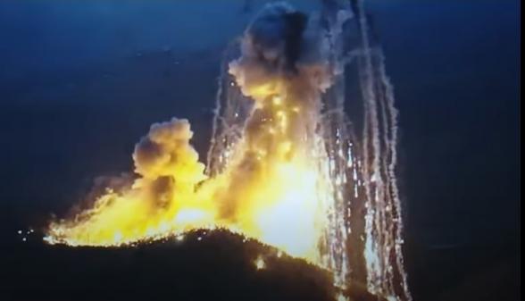 Очередные кадры применения Азербайджаном запрещённых  фосфорных бомб