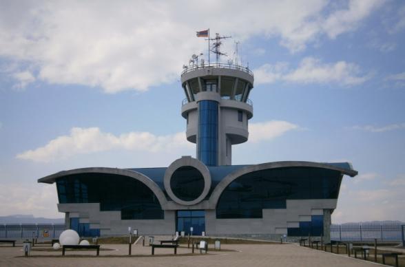 ՌԴ օդատիեզերական ուժերի ինքնաթիռները կկարողանան օգտագործել Ստեփանակերտի օդանավակայանը Լեռնային Ղարաբաղի հումանիտար կենտրոններ մատակարարումներ կատարելու համար. РИА Новости
