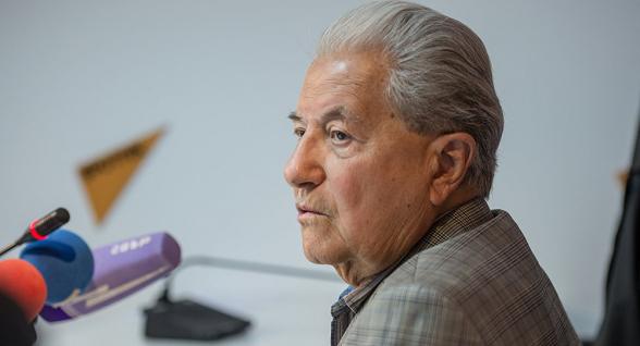 Մահացել է Քաղաքացիական ավիացիայի գլխավոր վարչության նախկին պետ Դմիտրի Ադբաշյանը