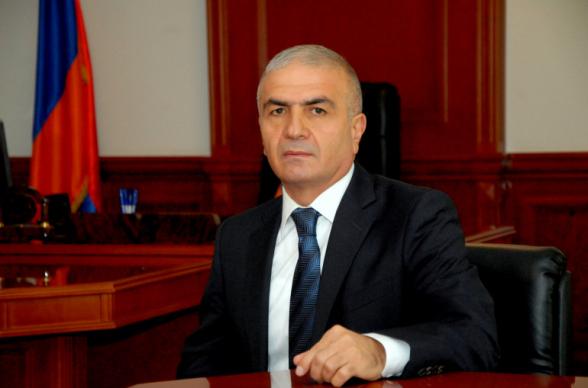 Унан Погосян освобожден от должности губернатора Сюника