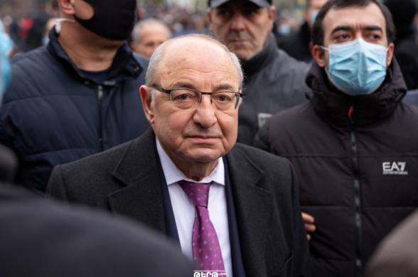 Для Никола Пашиняна Арцах не родина, он – проигравший и подавленный: к власти должны прийти люди, которые не имеют отношения к поражению – Вазген Манукян (видео)