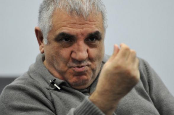 Никол, уходи, не вгоняй в краску армян – Габрелянов