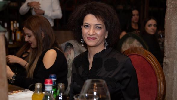 Анна Акопян пила в московском ресторане шампанское за 340 долларов и вино за 1900 долларов – «Рolitik.am»