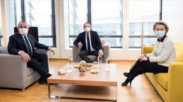 Анкара ожидает от Брюсселя активизации диалога по вступлению в ЕС – Чавушоглу
