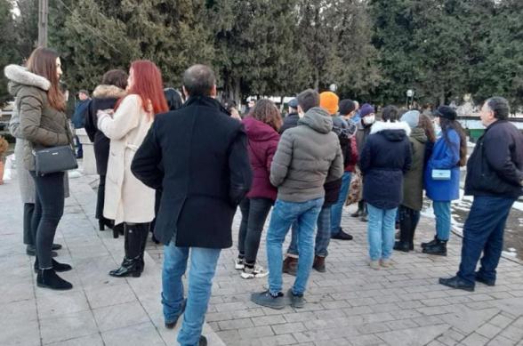 Այսօր Արցախի Ստ. Շահումյանի հրապարակում տեղի է ունեցել քաղաքացիների հավաք՝ հաջակցություն «Հայրենիքի փրկության շարժման»