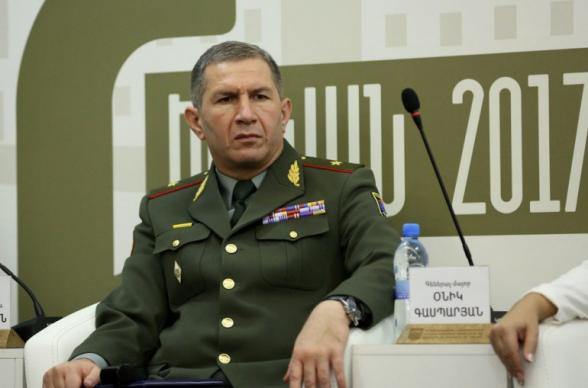 Начальник Генштаба ВС Армении продолжит исполнять свои обязанности до истечения 8-дневного срока