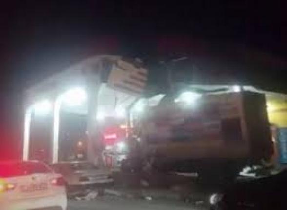 Բեռնատարը մխրճվել է բենզալցակայանի մեջ. խոշոր վթար Երևանում