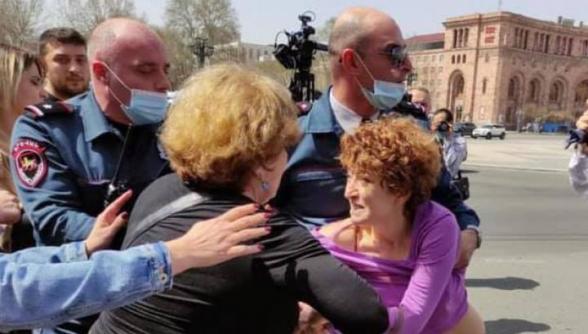 Полицейские попытались подвергнуть приводу супругу Вазгена Манукяна (видео)