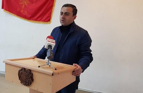 Ишхан Сагателян: «Если это правительство уйдет, можно внести коррективы даже в позорный документ от 10 ноября» (видео)